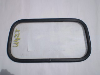 Mitsubishi Minicab Back Glass U41 U42