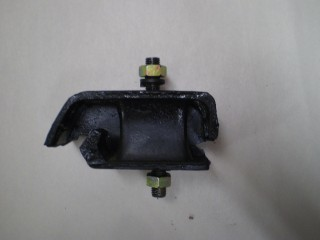 Suzuki Carry Engine Mount F6A Left DB DD DC 90-98