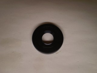 Suzuki Carry Front Mission Input Shaft Seal