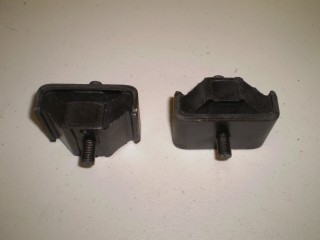 Suzuki Carry Rear Transmission Mount Pair